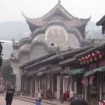 Древние реликвии варварски похищают в Китае