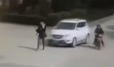 авто, удар, авария, Китай