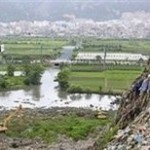 К источнику питьевой воды Шанхая приплыли тонны мусора