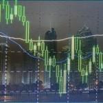 Фондовый рынок Китая продолжает резкое падение